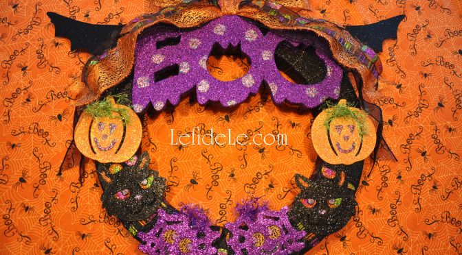 "DIY Glitter ""BOO"" Wreath Halloween Decoration Craft"